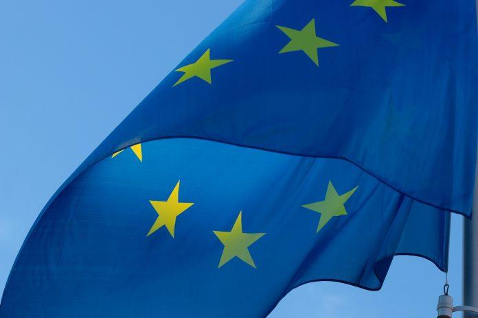 Flertal i dansk folkeafstemning imod EUs Maastricht-aftale. Billede af S. Hermann & F. Richter fra Pixabay