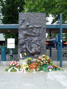 Memorial for Benno Ohnesorg. At a demonstration against the Shah of Persia in Berlin on June 2nd, 1967, unarmed student Benno Ohnesorg from Hannover was killed by a policeman. Taken on June 2, 2007 by Kai Ross. (CC BY-NC-ND 2.0). Source: flickr.com