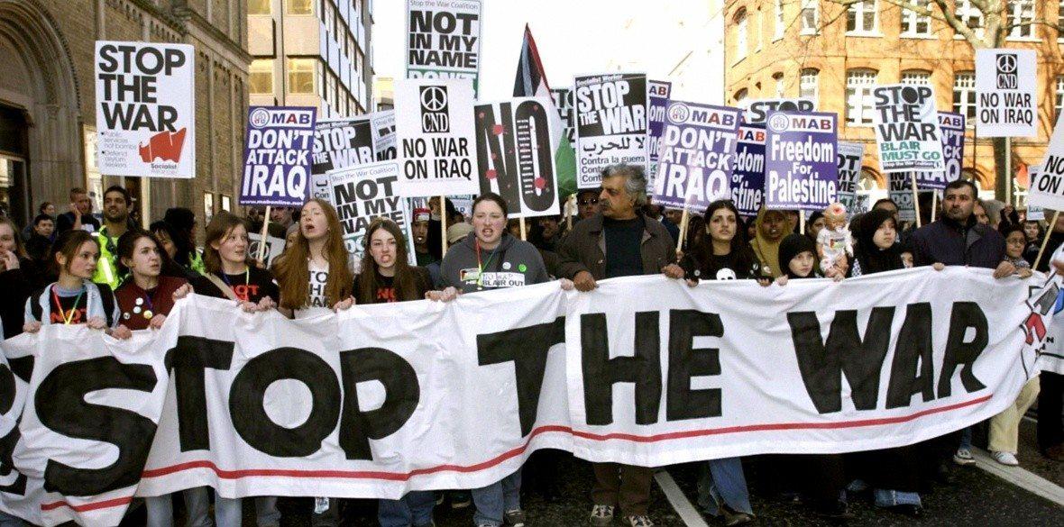 London anti-Iraq war demonstrators, 2003 - Source: https://dearkitty1.wordpress.com/2018/02/16/anti-iraq-war-demonstrations-2003-2018/