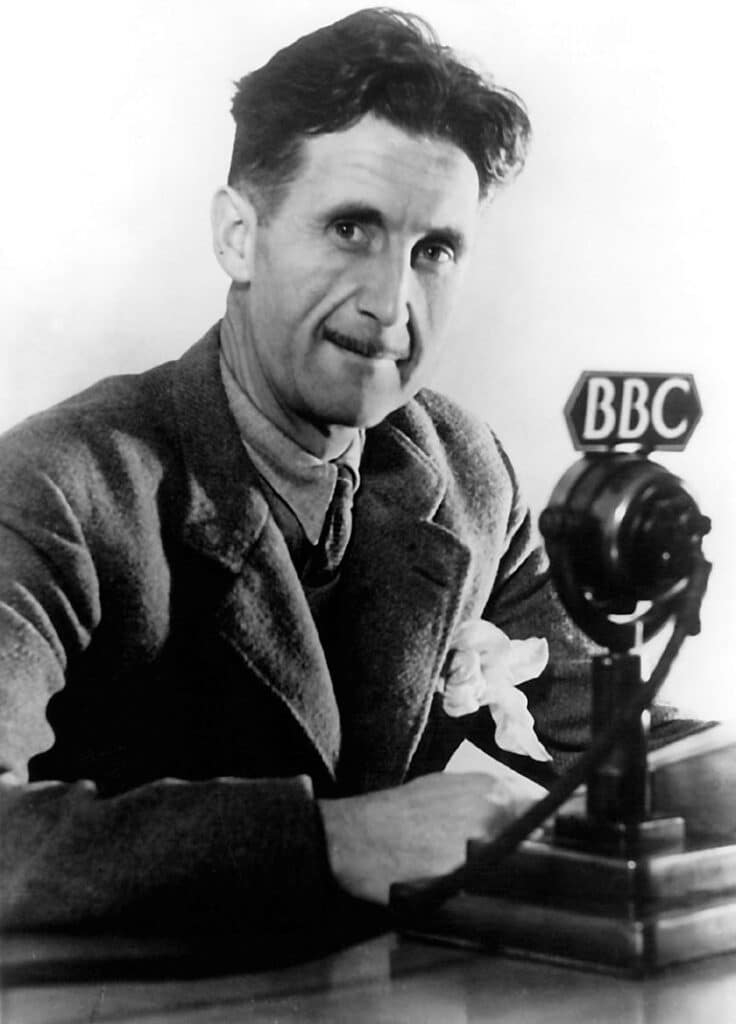 George Orwell in BBC, England 1940. Photo: BBC. Public Domain.