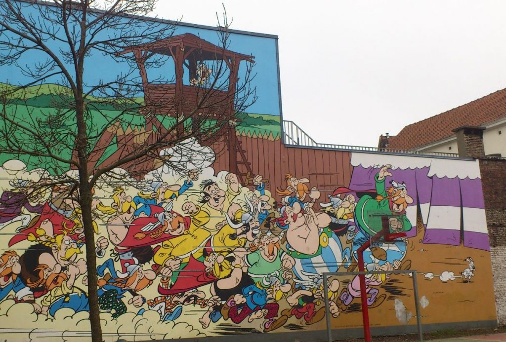 Asterix Murial at Washuisstraat 33-35, Rue de la Buanderie in Brussels, Belgium. Photo taken on March 1, 2012 by Blandine Le Cain. (CC BY 2.0).