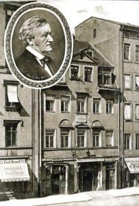 Birth house of Richard Wagner in Leipzig, Bruehl 3 in 1885, demolished in 1886. From 1913 postcard. Photo: Hermann Walter (1838-1909)/Karl Flickenscher, Leipzig. Public Domain.
