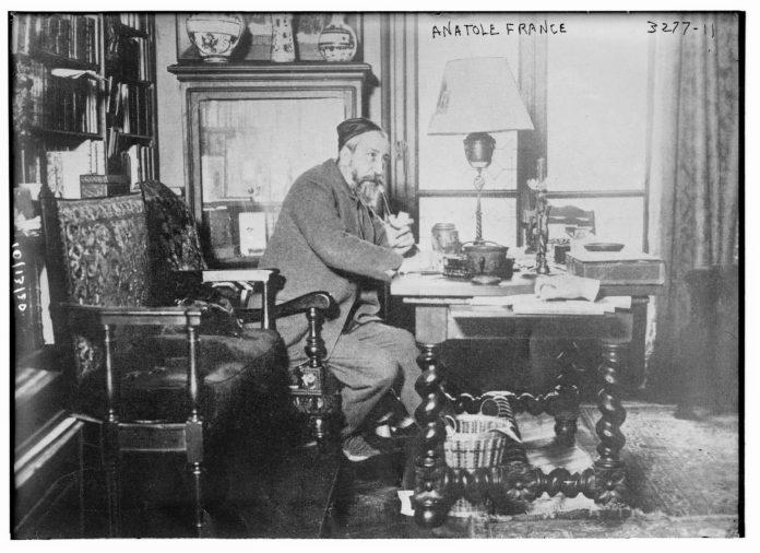 Anatole France, 1910. Photo: Bain News Service, publisher/Library of Congress. Public Domain.