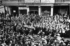 Funeral of Joe Hill, 1915. Public Domain.