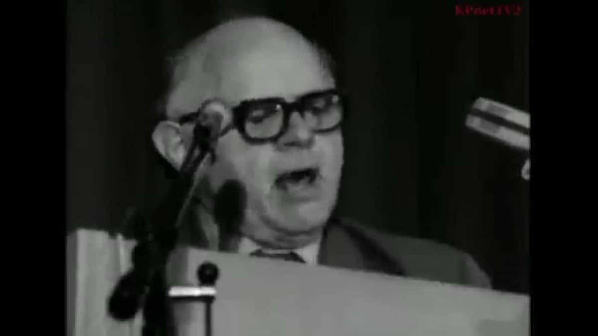 Carl Madsen fødtes i 1903. Her