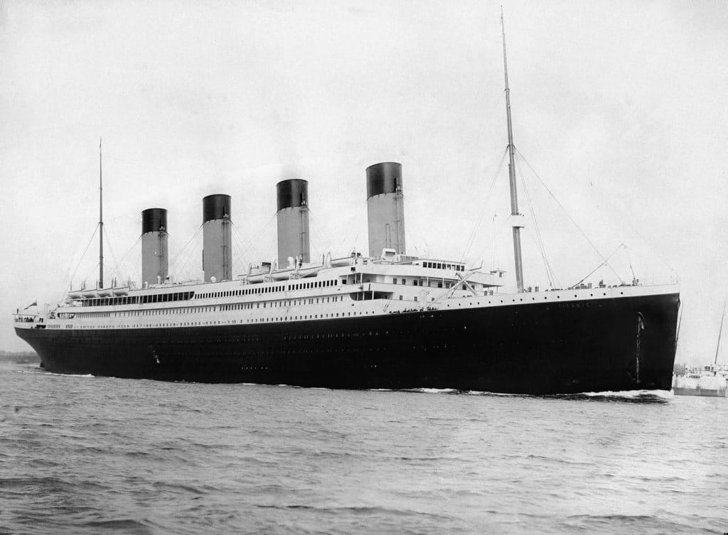 RMS Titanic departing Southampton on April 10, 1912. Photo: F.G.O. Stuart (1843-1923). Public Domain.