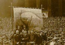 Over sommeren 1911 bliver Liverpool-området lammet af transportarbejderstrejker, som højdepunktet af strejker og øget faglig organisering i engelske industribyer. Courtesy LRO. http://www.yoliverpool.com/forum/showthread.php?108243-1911-Liverpool-Transport-Strike-Pictures-and-Information