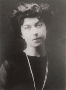 Aleksandra Kolontai, 1910. Photo: Ukendt. Public Domain.