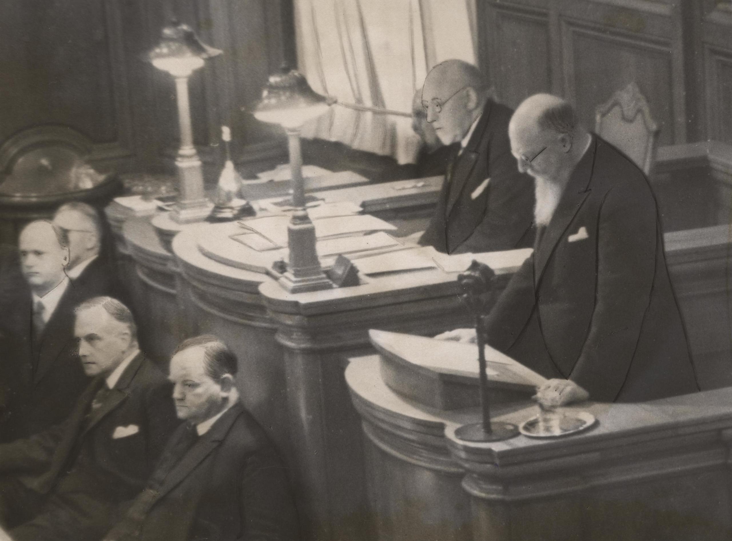 Stauning på Folketingets talerstol, 27. februar 1939.