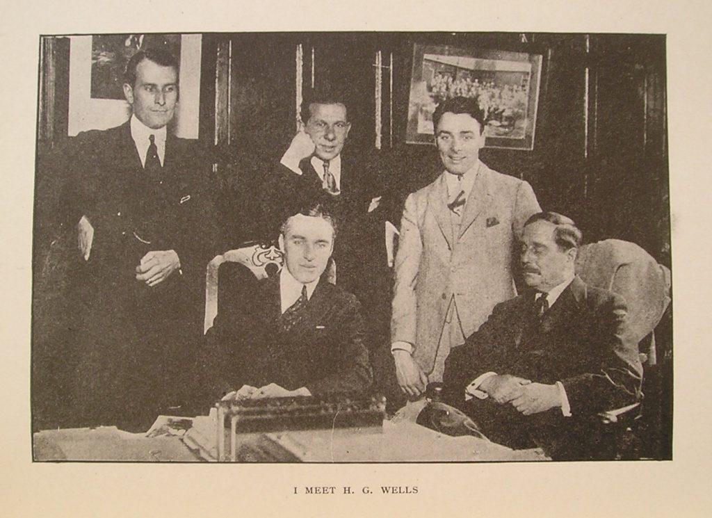 H.G. mødes med bl.a. Charlie Chaplin. (CC BY-NC-SA 2.0).