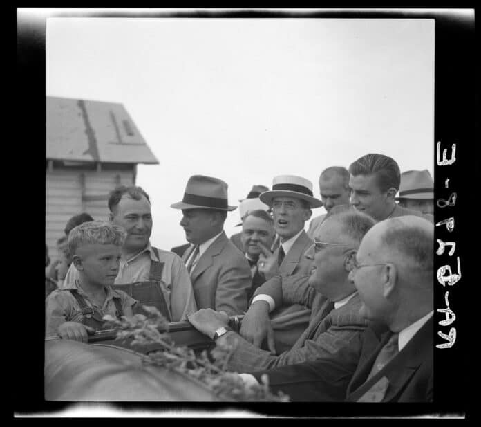 President Roosevelt visits farmer who is receiving drought relief grant. Mandan, North Dakota, August 1936. Photo: Rothstein, Arthur, 1915-1985, photographer / Farm Security Administration. Rights: No known restrictions on images made by the U.S. government.