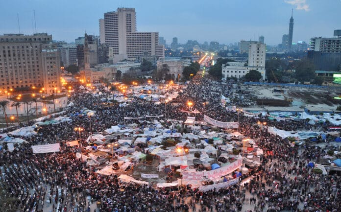 Over 1 Million in Tahrir Square demanding the removal of the regime and for Mubarak to step down. Photo: Takien on 9 February 2011 by Jonathan Rashad. (CC BY 2.0).