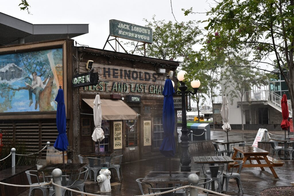 Jack London Square in Oakland with The bar Reinhold's First and Last Chance where Jack London did his homework as a child and was introduced to John Barleycorn later in life. Photo: Taken at May 16, 2019 by Orin Blomberg. (CC BY-NC-ND 2.0).