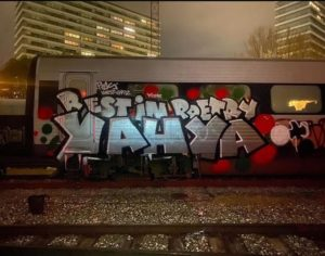 Grafitti-'nekrolog' fra Århus på Facebook, maj 2020: 'Rest in poetry, YAHYA' Credit: #aarhusgraff