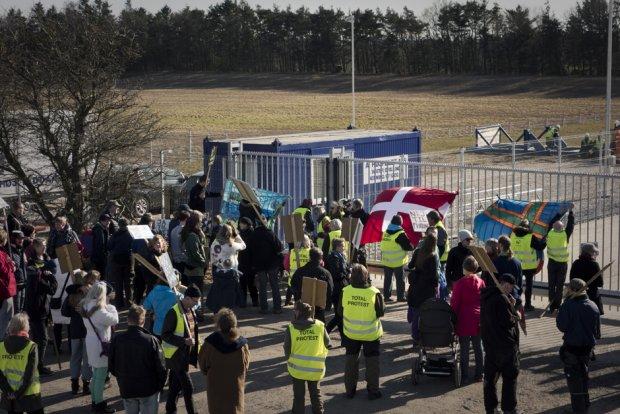 Skifergasblokaden ved Dybvad, 2015 (Foto: Laura Na Blankholm/Monsun)