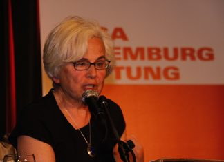 «Luxemburg Lecture» with Ellen Meiksins Wood, 8. maj 2012, Berlin. Thema Theoretische Hintergründe der neuen Kämpfe. Photo: Rosa Luxemburg-Stiftung. (CC BY 2.0).