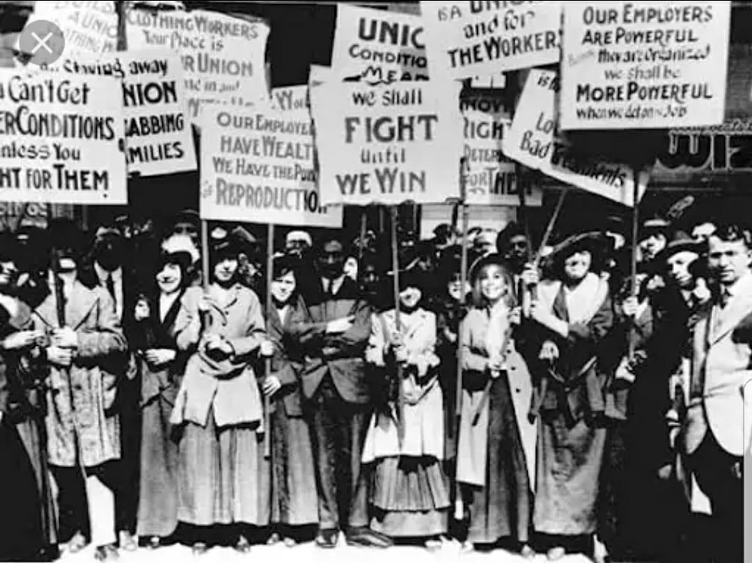 """Another impetus for Women's Day, Zetkin recognized, was the demonstration in New York by thousands of garment workers, mainly im/migrants and many socialists, demanding their rights, on March 8, 1908. So was the three-month garment workers' strike a year later — the """"Uprising of the 20,000"""" — led by 23-year-old Clara Lemlich, a Russian-Jewish immigrant. Photo from the uprising New York City 1909-10."""