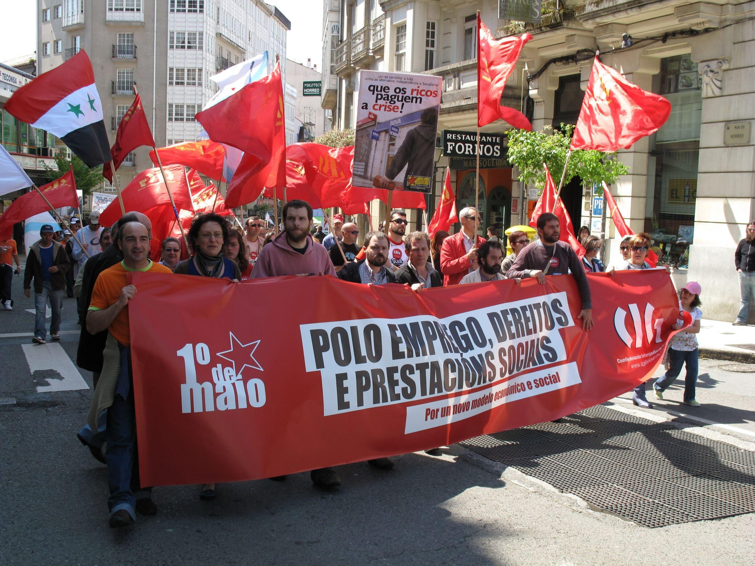 International 1. maj demonstration i Santiago de Compostela, Spanien 2009. Photo: Ciga. Public Domain.