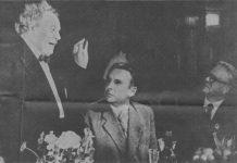 Martin Andersen Nexø i Moskva under forfatterkongressen sammen med forfatterne Konstantin Fedin og Fjodor Gladkov. Foto: ukendt.