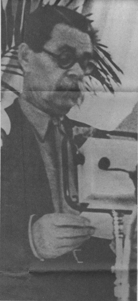 Maxim Gorkij taler på de sovjetiske forfatteres første unionskongres. Foto: ukendt.