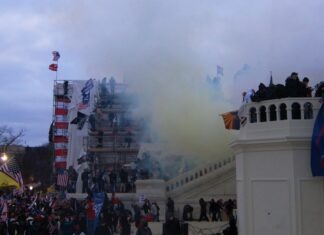2021 storming of the United States Capitol, 6 January 2021. Photo: Tyler Merbler from USA. (CC BY 2.0).
