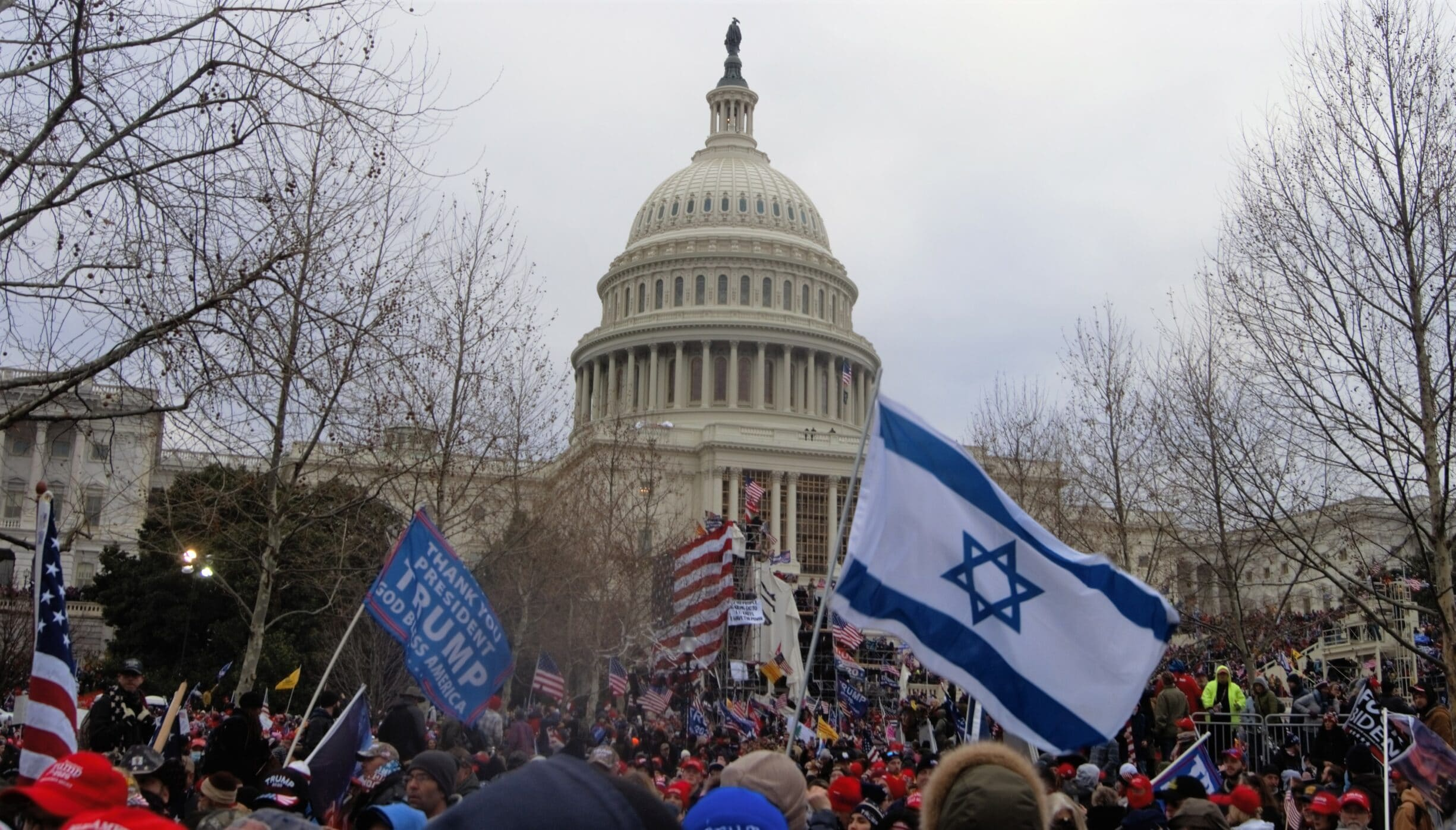 No far right demonstration without zionists. From the storm on Capitol Hill 6 January 2021. Photo: Tyler Merbler from USA. (CC BY 2.0).